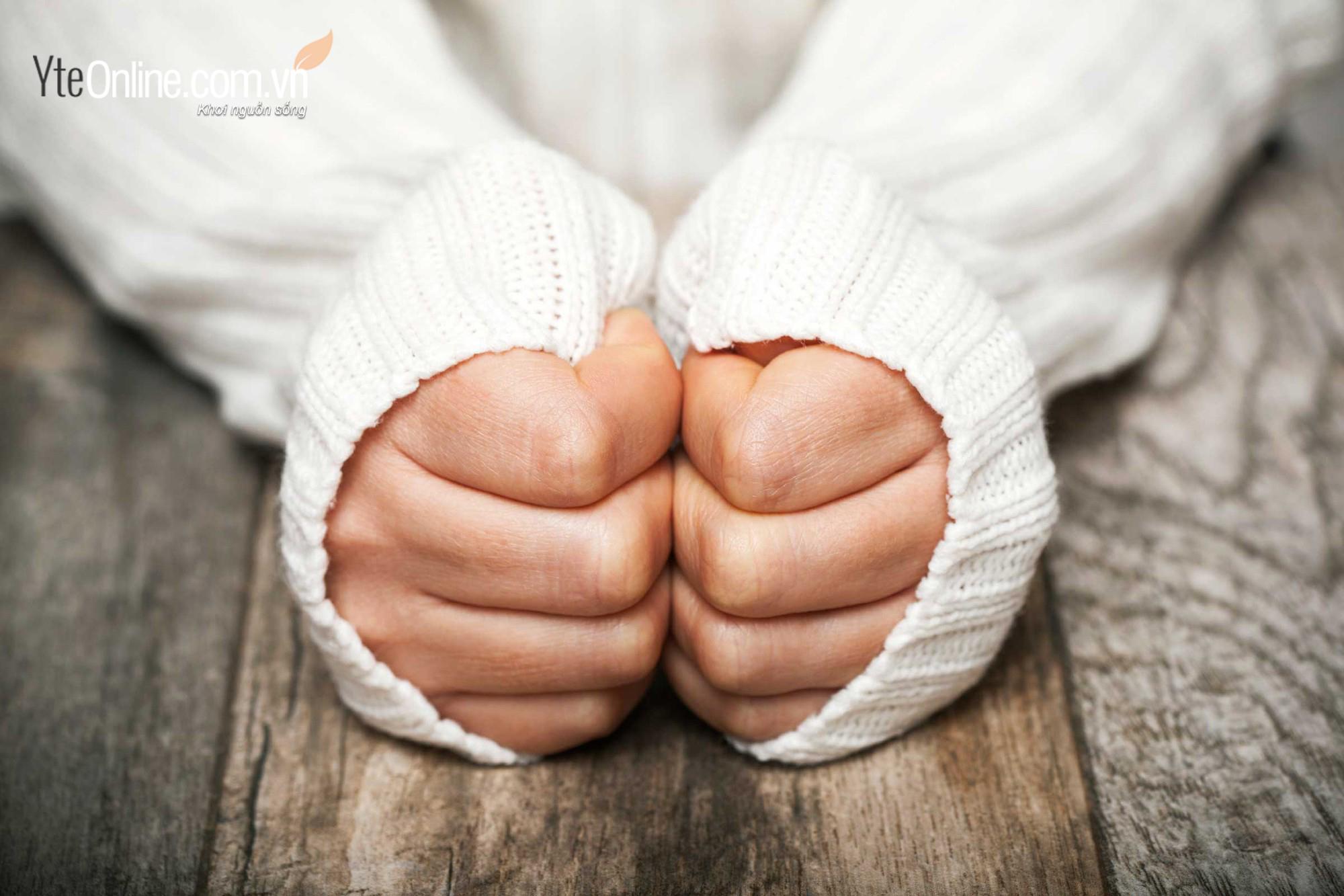Sử dụng bồn ngâm chân- giải pháp khắc phục chứng chân tay lạnh