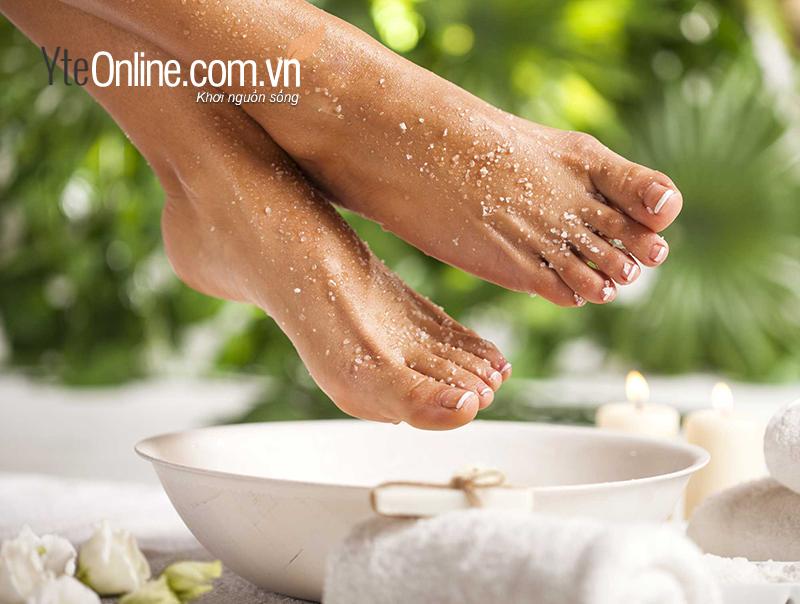 Cách ngâm chân với tinh dầu bạc hà  như thế nào đạt tối đa hiệu quả tác dụng